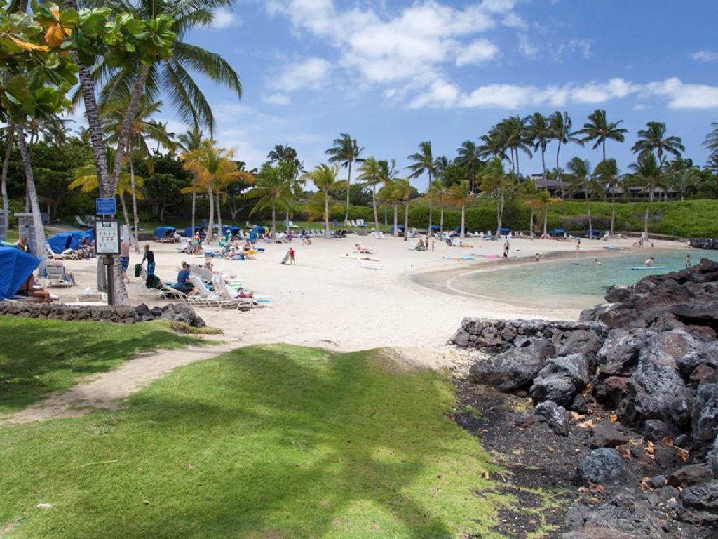 Private Beach Club Public 3